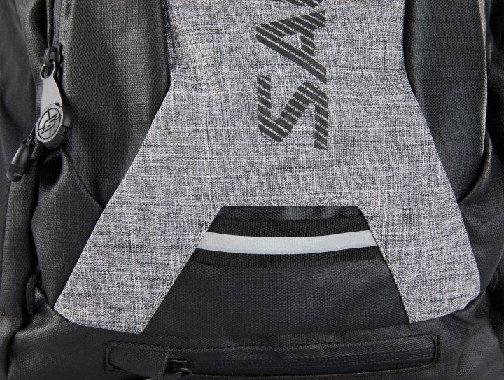 Salming RunPack 18 Litre Black/GreyMelange